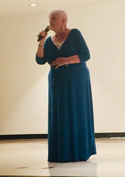Lorraine G Mund