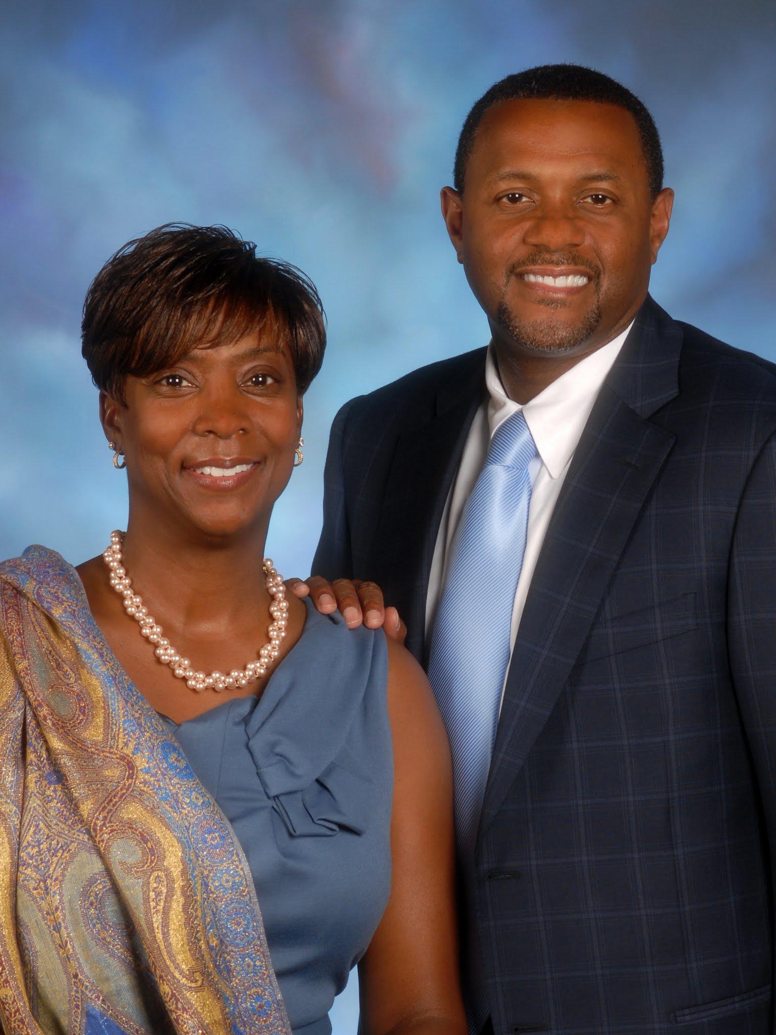 Mark and Brenda Moore Headshot