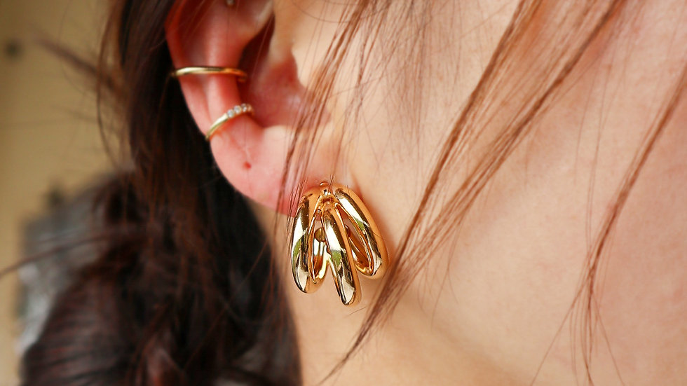 Aki Hoop Earrings