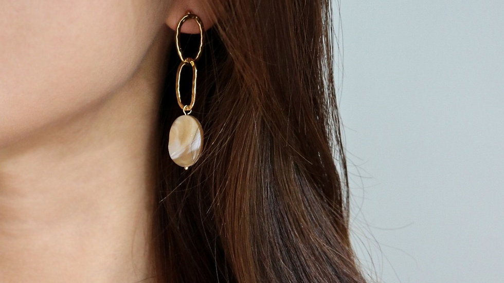 Danmi Mother of Pearl Earrings