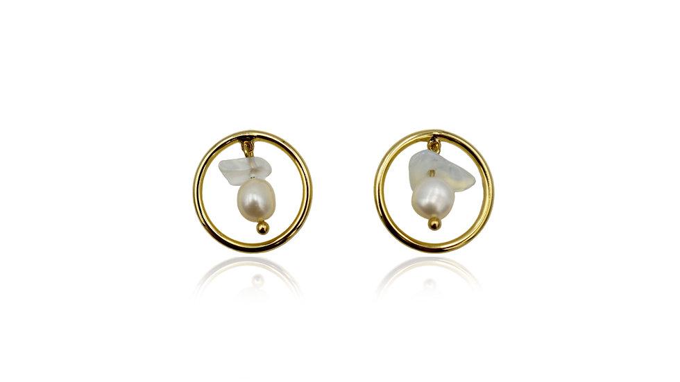 Garden Pearl Stud Earrings