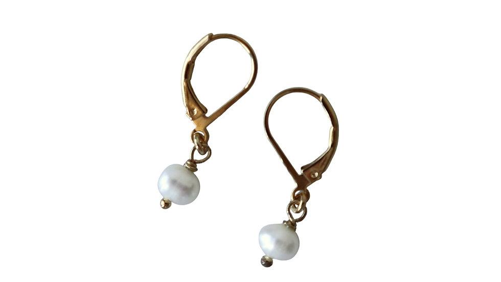 BGFP01 Mini Pearl Earring