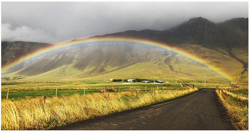 Solsetrið_regnbow.jpg