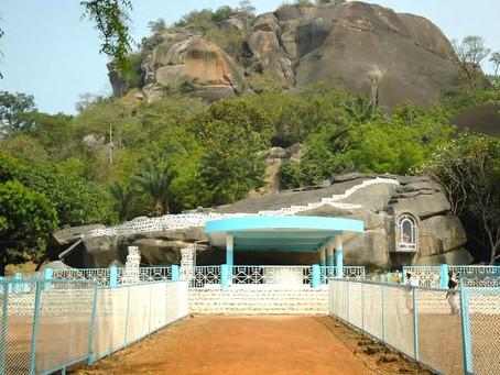 Grotte Mariale de Dassa, un site touristique et religieux