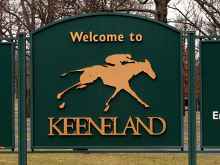 CHARRED OAKS INN, near Lexington, Kentucky - Ten minutes from fun and excitement at Keeneland!