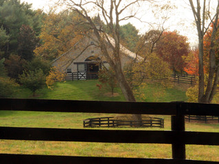 CHARRED OAKS INN WELCOMES FALL