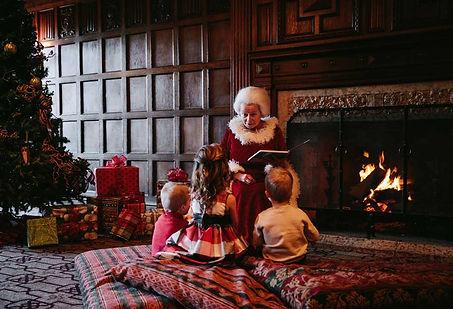 ChristmasAtTheCastle-StoryTime-ChrisAmat