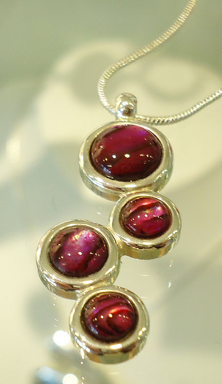 Red Abalone Damara Silver Pendant & Chain