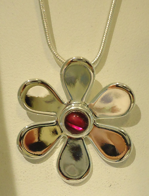 Red Abalone Daisy Silver Pendant & Chain