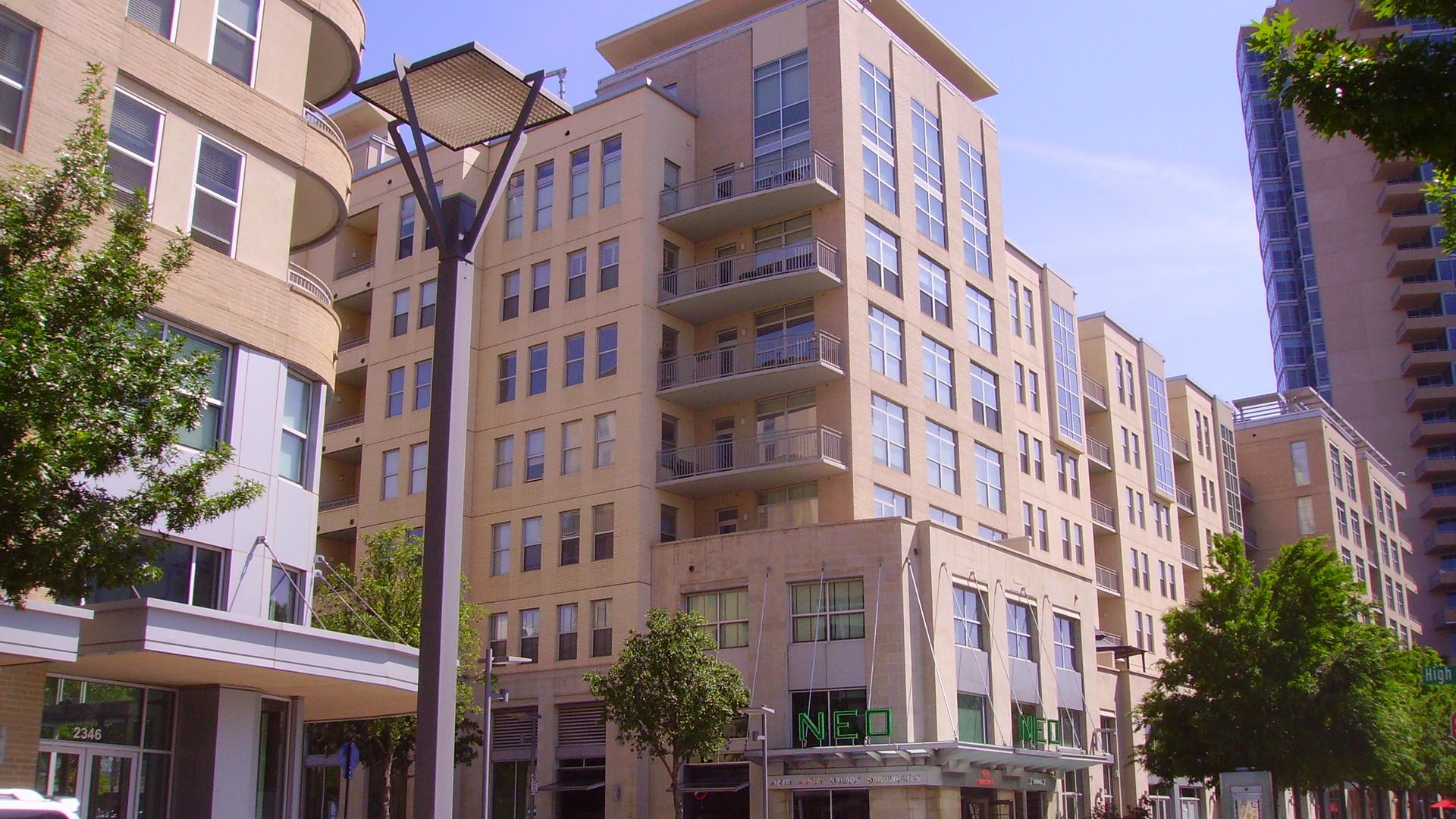 Terraces Condos & Retail, Victory Park