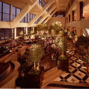 Grand Kempinski Hotel Garden Court Inter