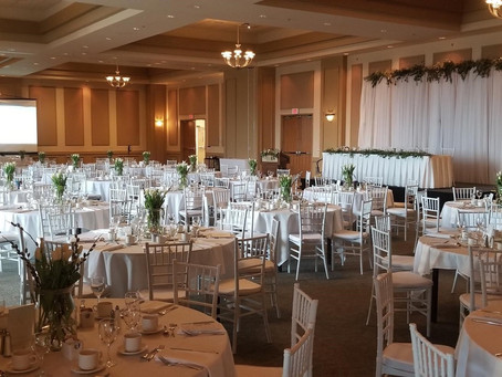The Quality Hotel is a must check out for your wedding venue!