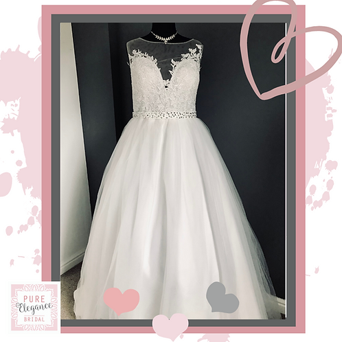 Size 22 Ivory Ballgown Wedding Dress