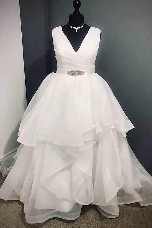 Size 18 Ivory Ruffled Tulle Wedding Dress