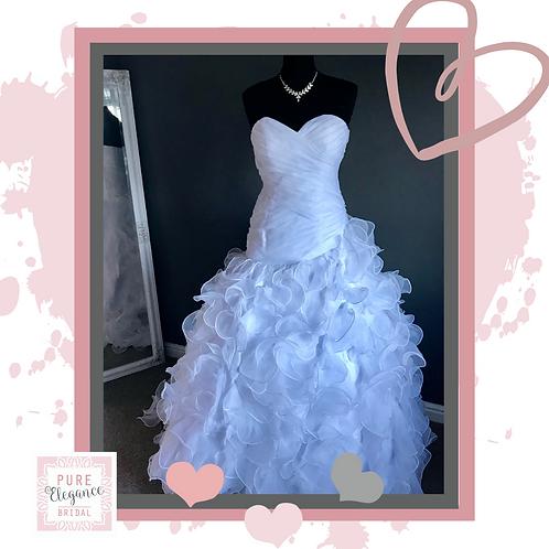 Size 8 Organza Ruffle Wedding Dress