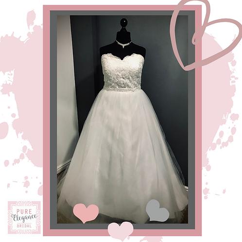 Size 22 Ivory Strapless Wedding Dress with Beaded Belt