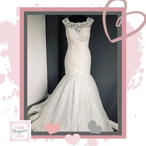 Size 10 Ivory Lace Mermaid Wedding Dress