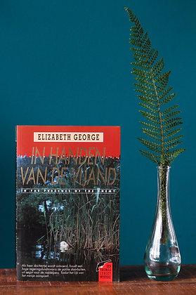 Elizabeth George - In handen van de vijand