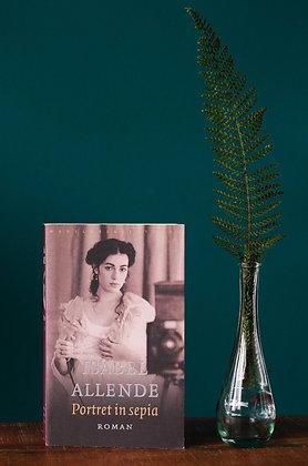 Isabel Allende - Portret in sepia