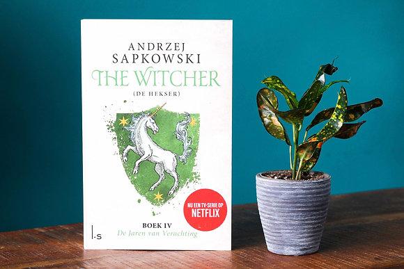 Andrzej Sapkowski - The Witcher Boek 4 -De Jaren van Verachting