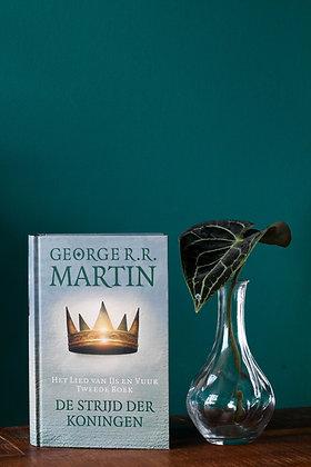George R.R. Martin - Het Lied van IJs en Vuur 2- De strijd der koningen
