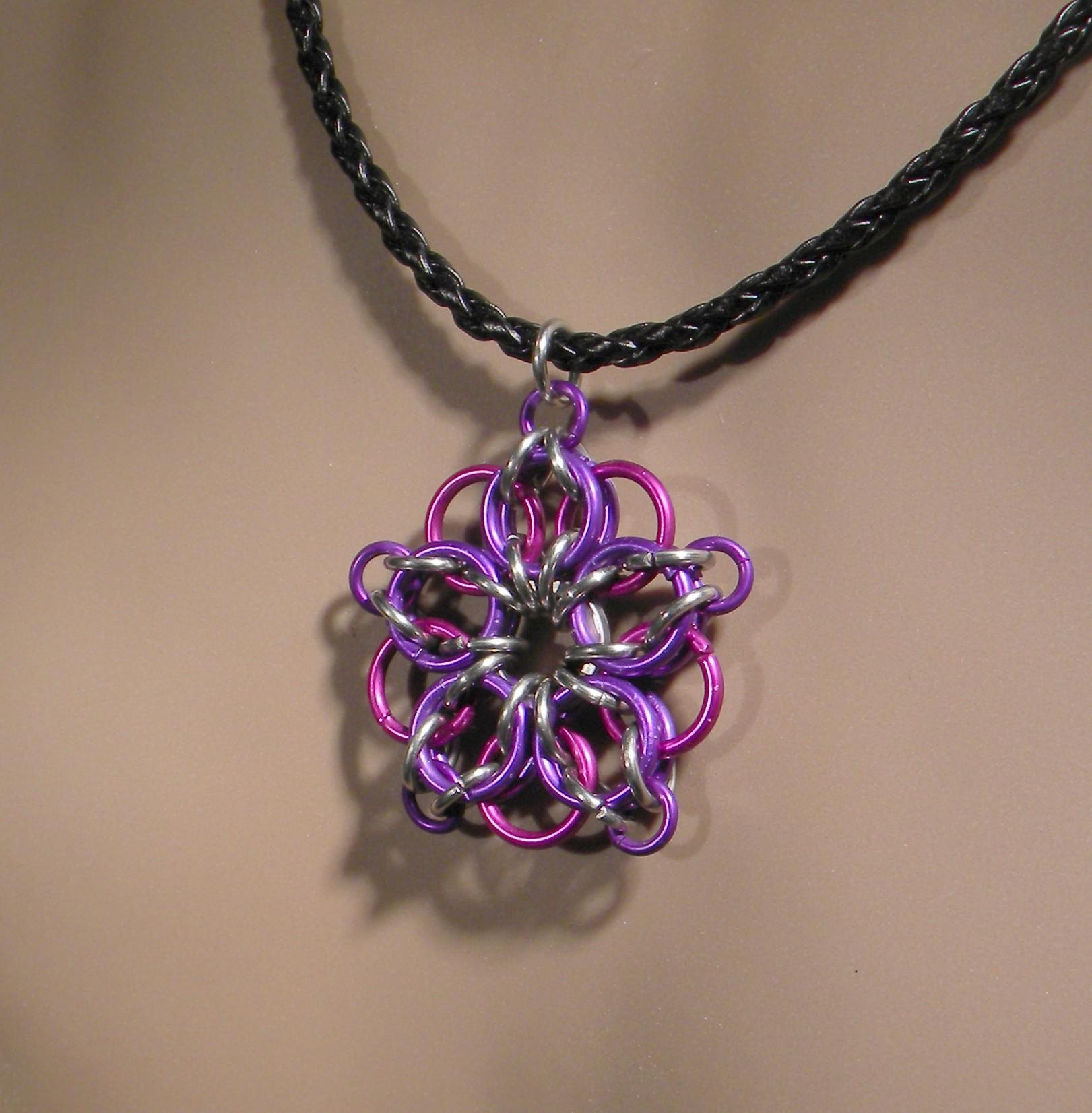 Celtic Star Necklace (Violet/Plum)