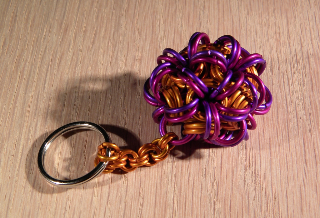 """Brain Chain"" Monkey Ball Keychain"