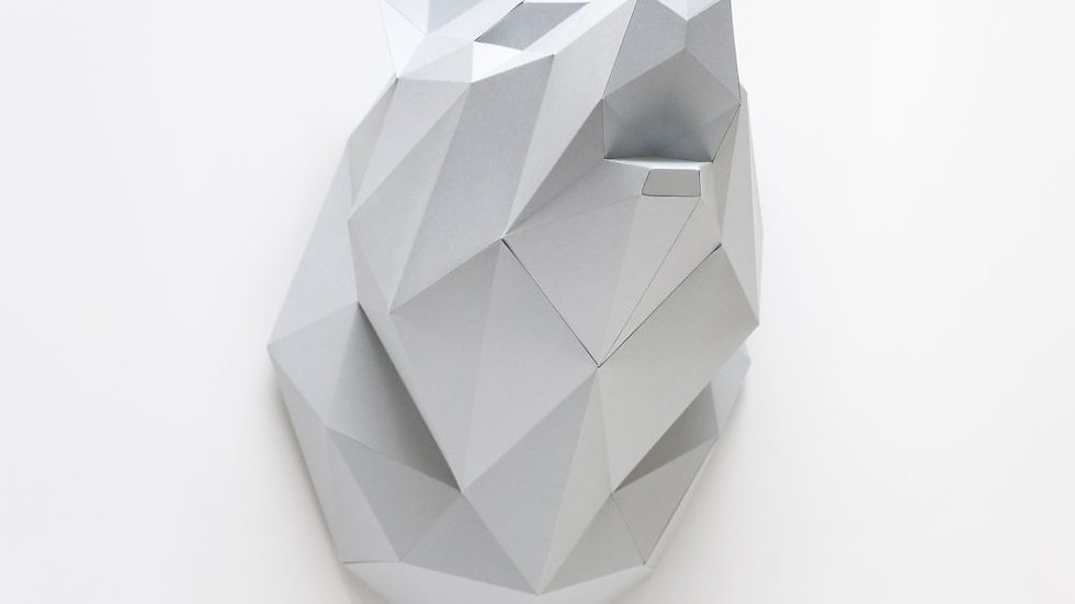 Wolf Wall Trophy White