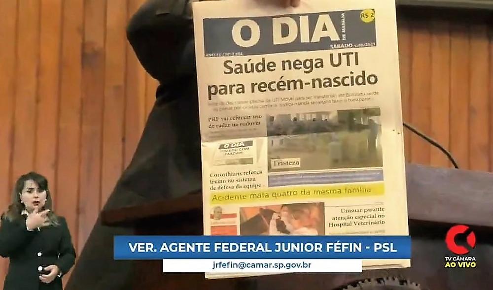 Manchete do Pequeno Expediente: Féfin exibe capa do 'O Dia de Marília' com assunto que repercutiu no plenário