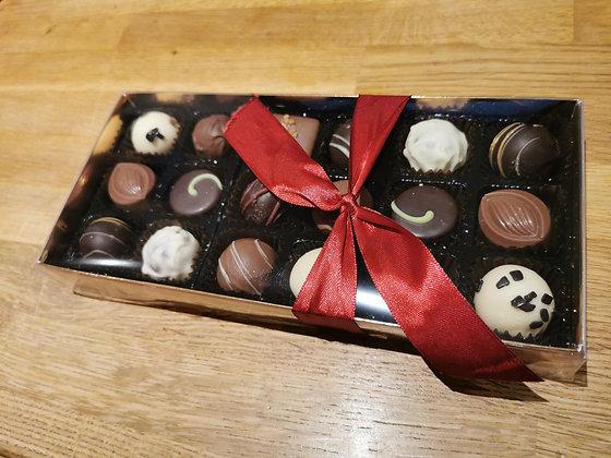 18 Luxury Chocolates Gift Box
