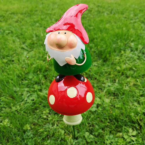 Norris Gnome and his Toadstool