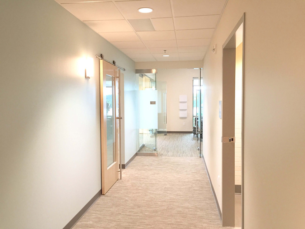 Mercy-Ozark-Clinic-Hallway.jpg