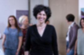 איילת כהן מנחה נשים בסדנת וידאותרפיה