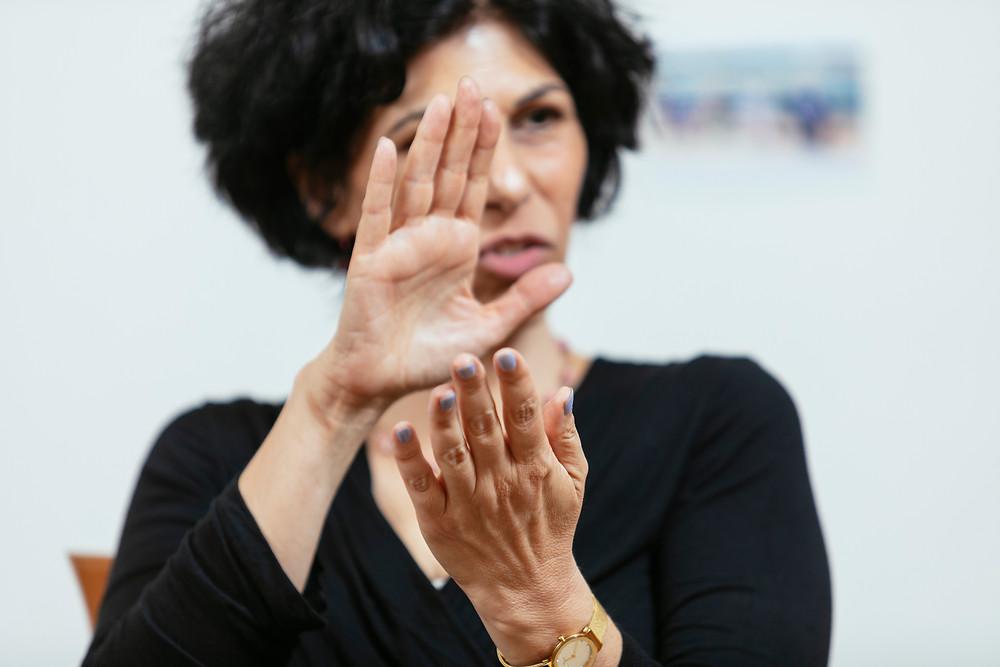 אילת כהן - סדנאות וטיפולי וידאותרפיה באמצעות וידאו