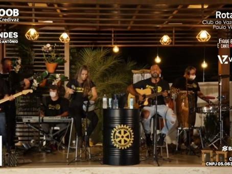 Com live da Banda Chinelada, Rotary Club arrecada mais de 26 mil reais