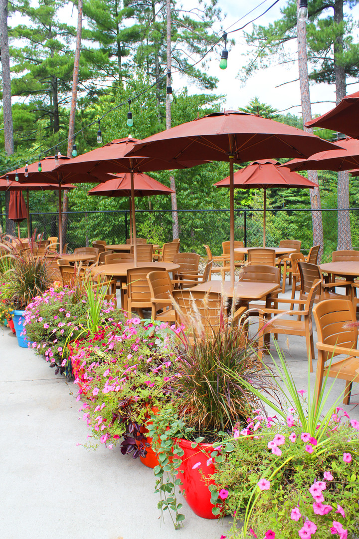 On Site Outdoor Dining Options