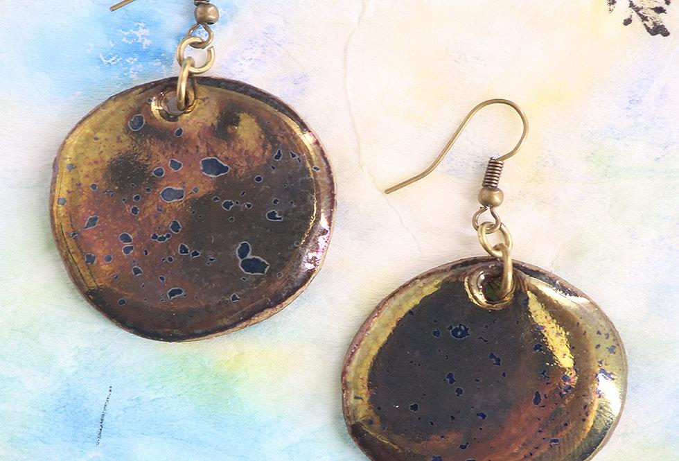 Shiny Textured Ceramic Earring