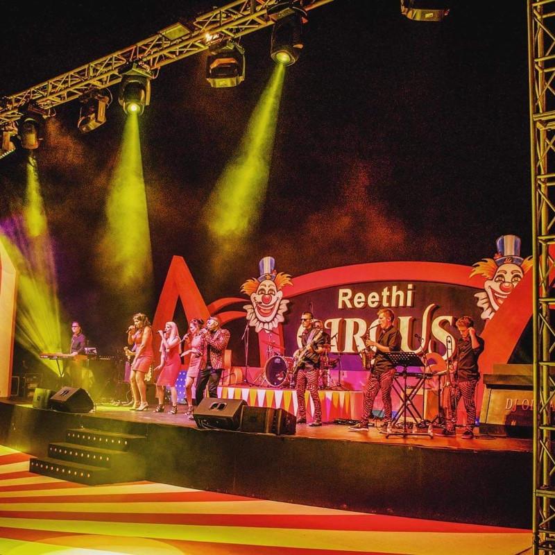 Midnight Avenue+Live Stage Performance+OringiWorld