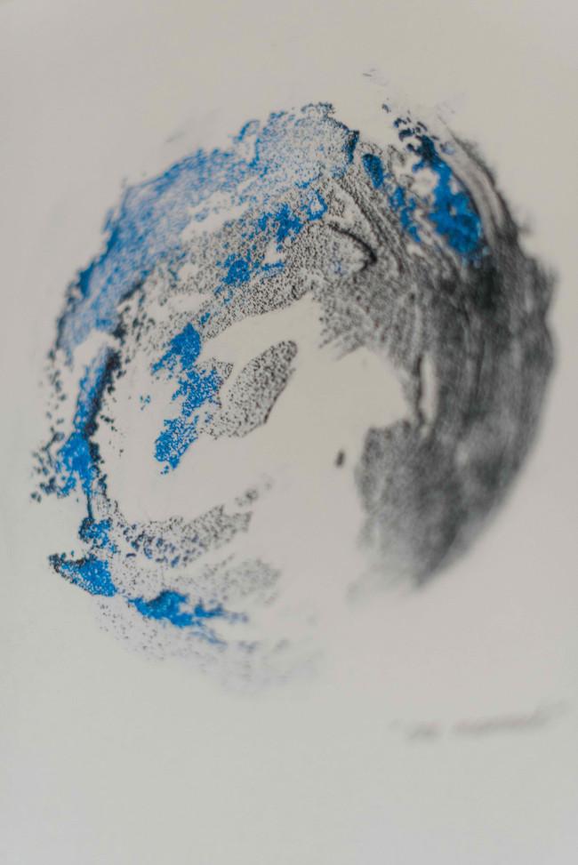"""Shapes & Spheres"" small sand circle n.3"