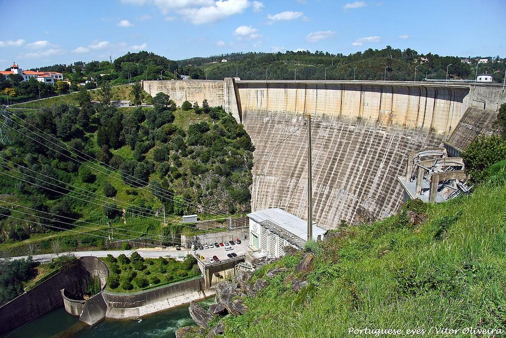Castelo de Bode Dam - pic by Vitor Oliveira