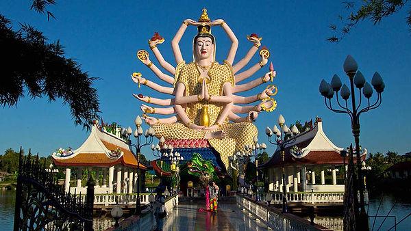 Koh-Samui-Wat-Plai-Laem-01.jpg