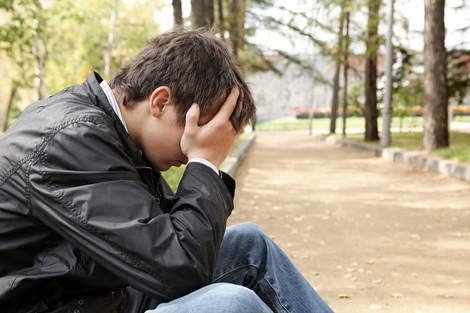 Demons Inside: Teens at Risk Can Hide Mental Illness BY JOAN RAYMOND