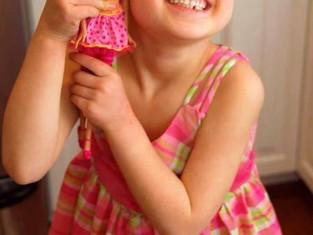 Bonecas para crianças com alopecia