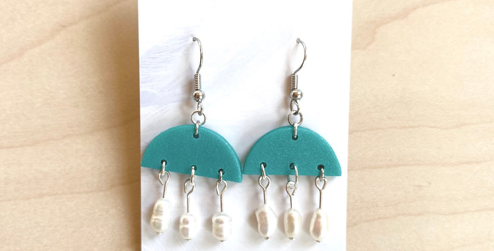 Small Freshwater Chandelier | Clay Earrings