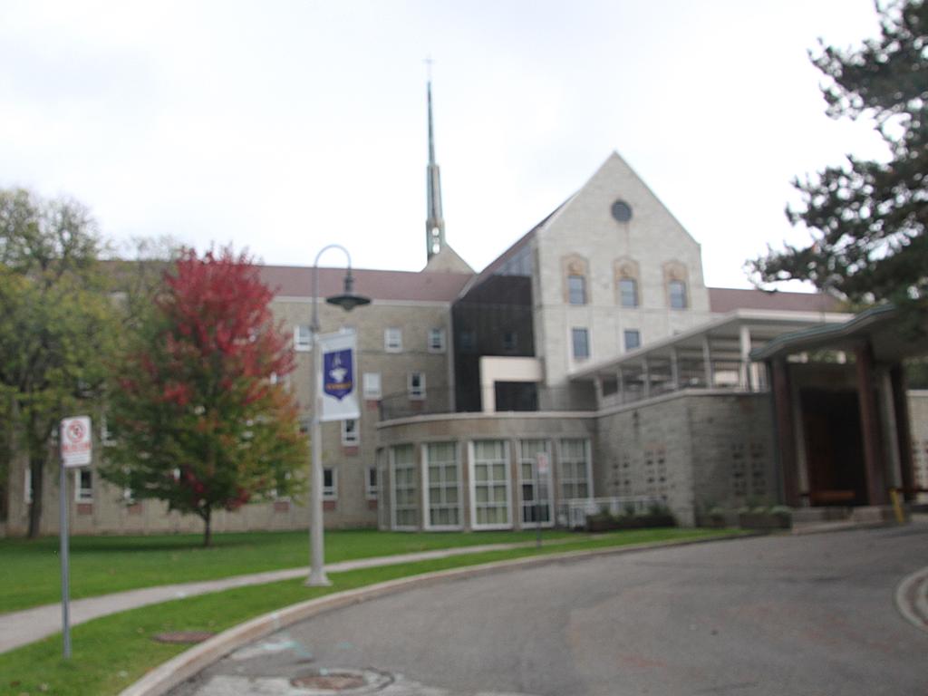July 2015 -Toronto 350,000sf Convent
