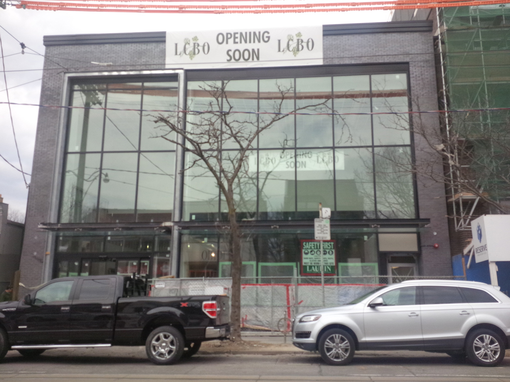 April 2014 - Toronto Retail
