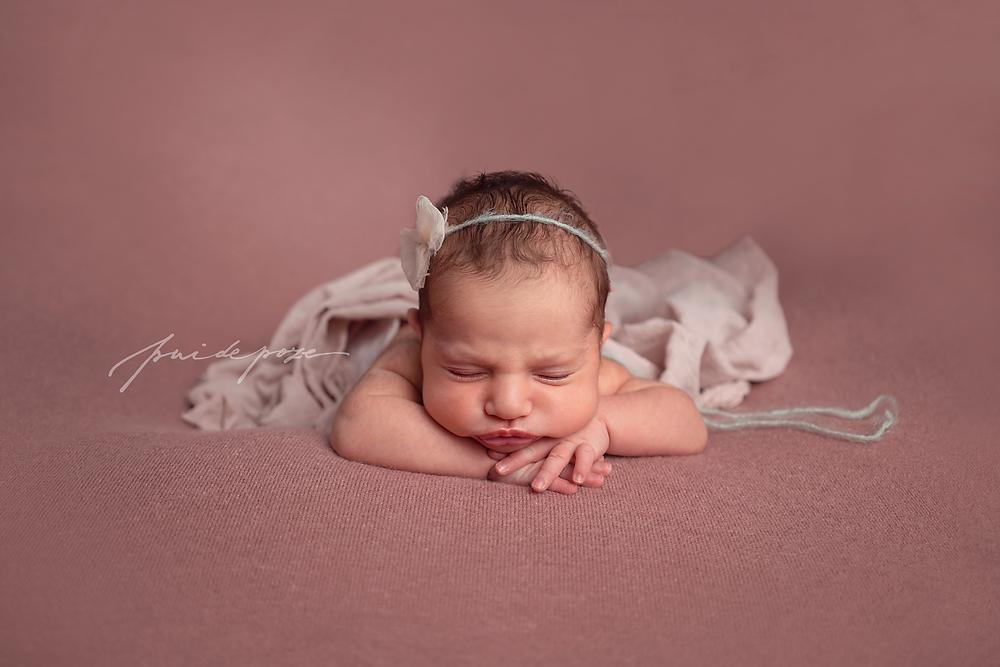 Fotograf nou-nascuti Bucuresti, fotograf bebelusi Bucuresti