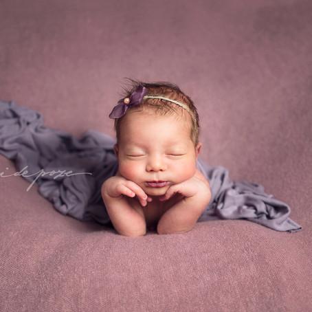 Maia, the tiniest sleeping beauty - ședință foto nou-născut (București)