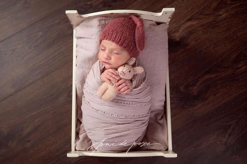 Fotografie nou-nascuti Bucuresti, fotografie bebelusi Bucuresti, fotograf nou nascuti