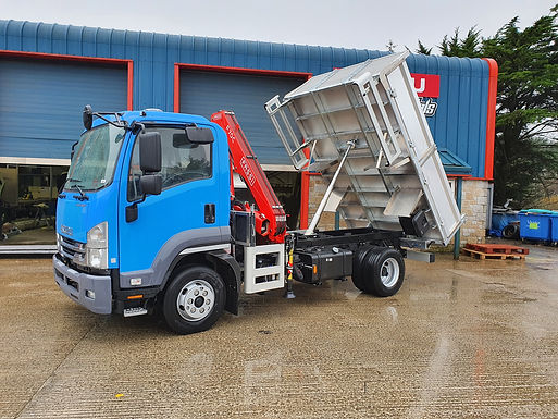 NEW ISUZU F110.240 E TIPPER WITH Crane